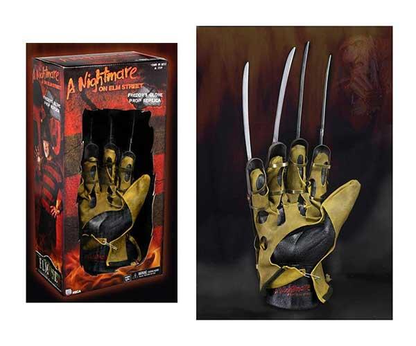 A Nightmare On Elm Street Replica Freddy Krueger Glove