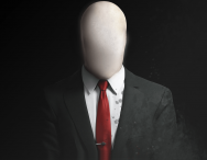 Slenderman Cosplayer Causes Theatre Panic!